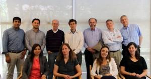 Equipo de la Dirección de Pregrado de la Escuela de Ingeniería UC junto a profesores de la escuela francesa de ingenieros École Polytechnique.