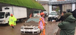 La fotografía fue tomada por el académico Rodrigo Cienfuegos y refleja el caos que provocó el desborde del río Mapocho.