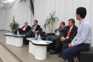 De izquierda a derecha: Juan Enrique Coeymans, Juan Carlos de la Llera, Aldo Cipriano, Hernán de Solminihac y Tomás Ramírez.