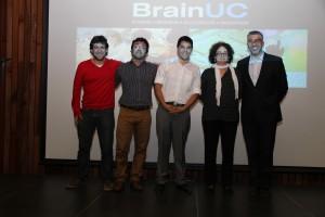 Algunos miembros del equipo de PolyNatural en ceremonia de premiación de Brain UC.