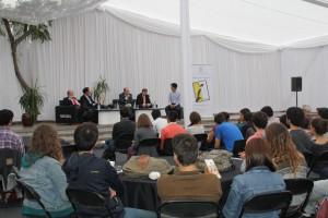 Alumnos, funcionarios y académicos participaron del evento.