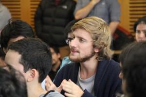En el evento los asistentes pudieron realizar diversas preguntas acerca de cómo postular, los requisitos para hacerlo y los beneficios de cada programa.