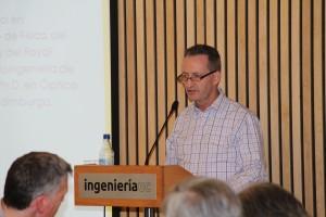 Ian Underwood (en la foto) expuso sobre el tránsito de la academia e investigación hacia el desarrollo de un emprendimiento, en el marco de un nuevo Almuerzo de Profesores.