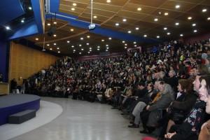 Cerca de 270 personas fueron premiadas por su trayectoria en el Día del Funcionario UC.