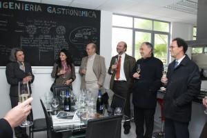 Autoridades UC y de gobierno participaron de la actividad, entre ellas, la vicerrectora de Investigación UC, Sol Serrano.