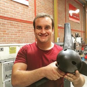 El ingeniero y magíster en Ciencias de la Ingeniería UC, Emilio de la Jara (en la foto) fue escogido entre los jóvenes