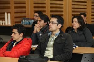 Investigadores, alumnos y académicos asistieron a la charla.