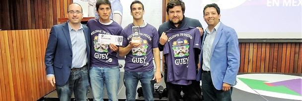 Andrés Neyem y equipo Intar Palabra