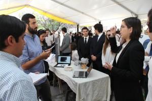 Los 36 proyectos fueron exhibidos en la Feria Tecnológica del curso Desafíos de la Ingeniería.