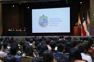 Al inicio de la bienvenida, el rector Ignacio Sánchez destacó