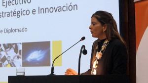 Claudia Halabí, directora ejecutiva de Educación Profesional de Ingeniería UC