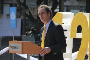 El decano de Ingeniería UC, Juan Carlos de la Llera, se mostró sorprendido por la alta convocatoria del Encuentro Interno 2017.