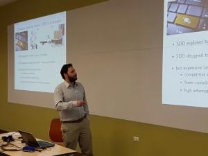 Mathias Klapp es especialista en  optimización dinámica y logística urbana.