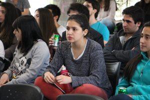 Alumnos en Almuerzos Prácticas Sociales