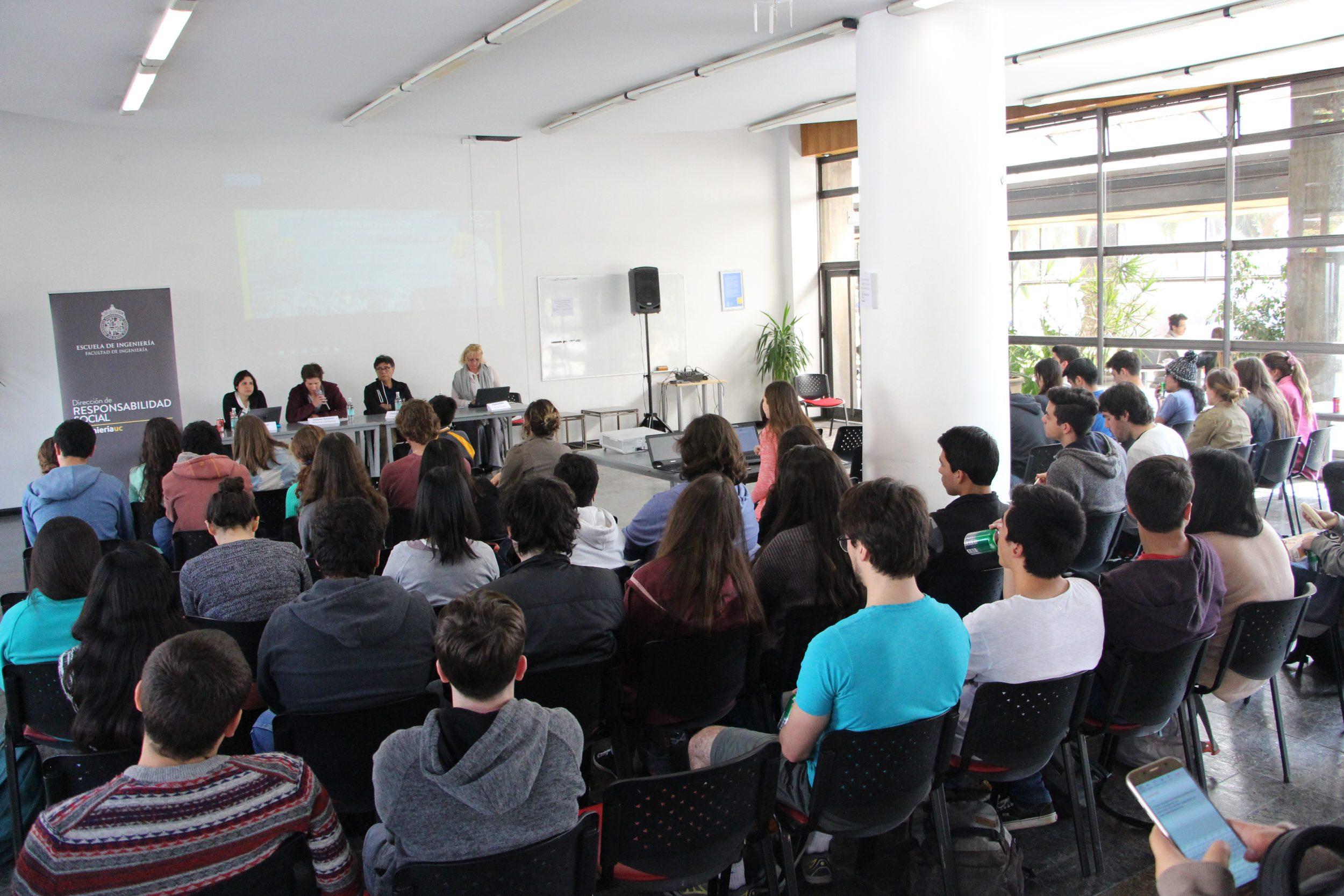 Representantes De Instituciones Sociales Muestran Opciones