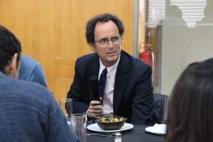 Decano de la Escuela de Ingeniería, Juan Carlos de la Llera