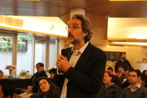 Profesores en reunión con rector UC, Ignacio Sánchez