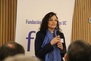 Marcela Torrejón dando la bienvenida a la generación del 83´